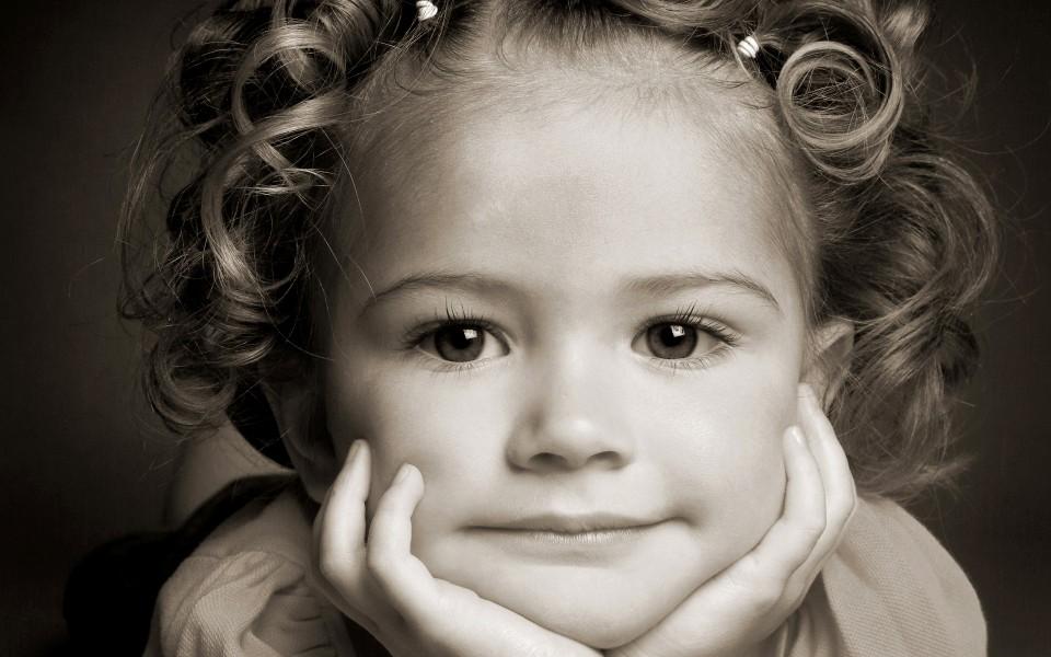 可爱纯真图片小孩