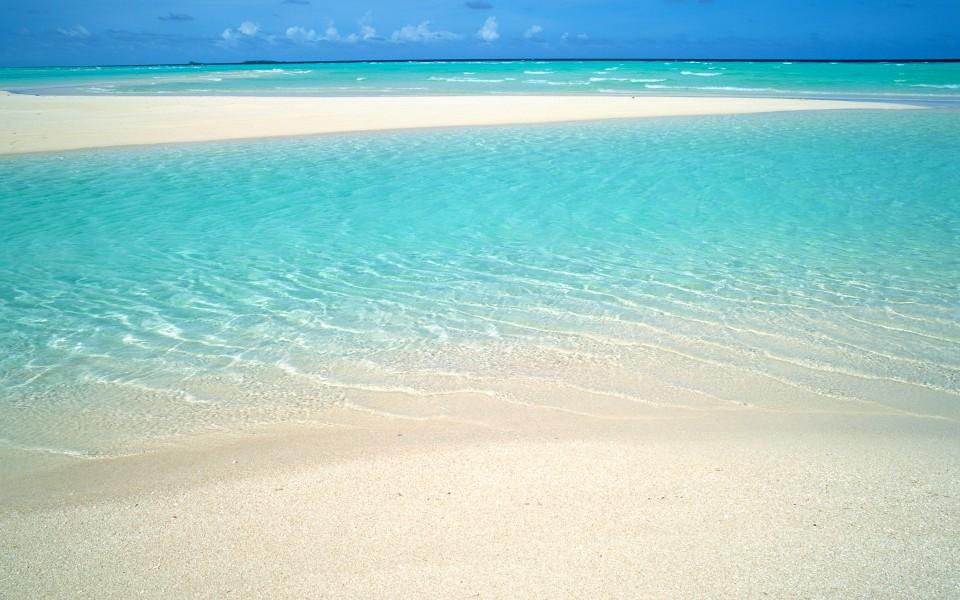 笔记本壁纸 海滩壁纸 马尔代夫沙滩桌面壁纸下载   (5/10) 作者:壁纸