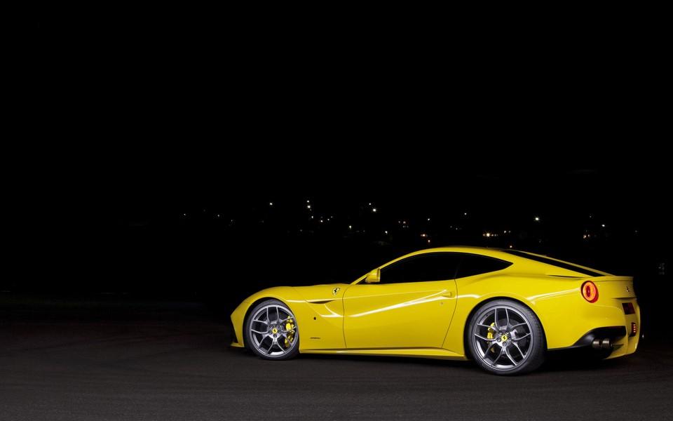 2012款法拉利f12berlinetta跑车高清图片