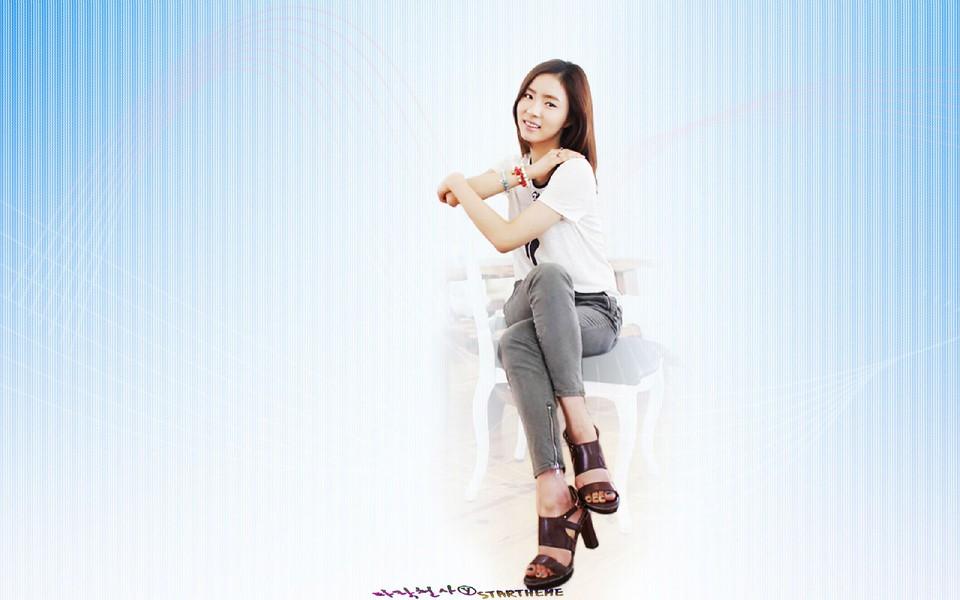 电脑壁纸 韩国明星壁纸 性感明星申世京电脑壁纸下载   (14/17) 小图片