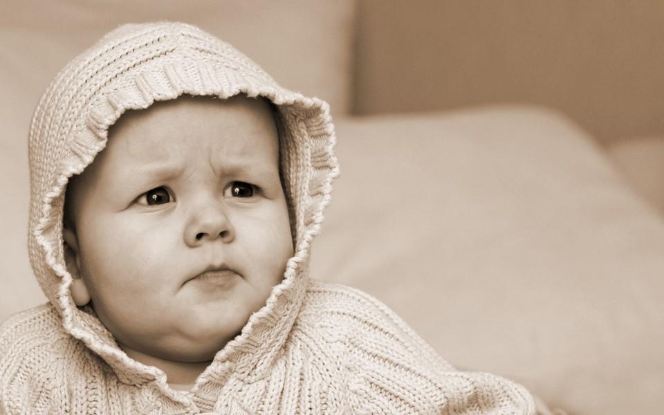 电脑壁纸 可爱宝宝壁纸 可爱的小娃娃桌面壁纸下载