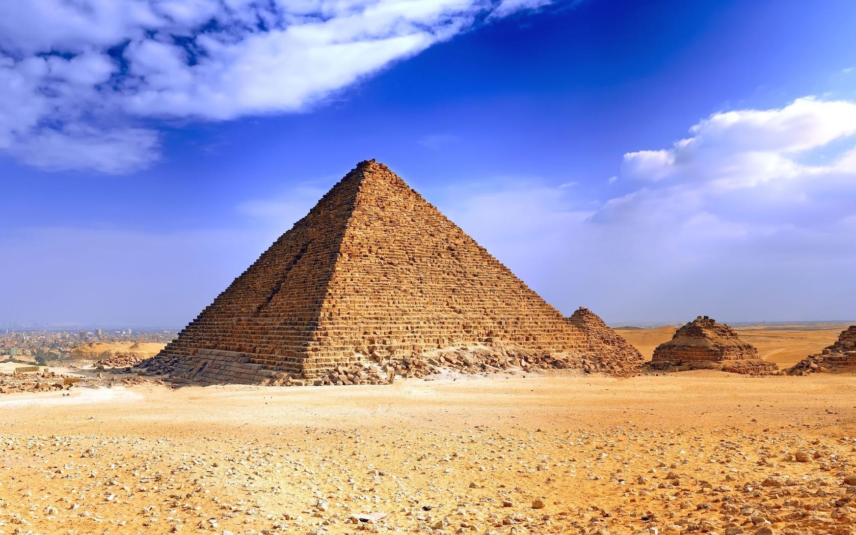 埃及法老和金字塔壁纸图片