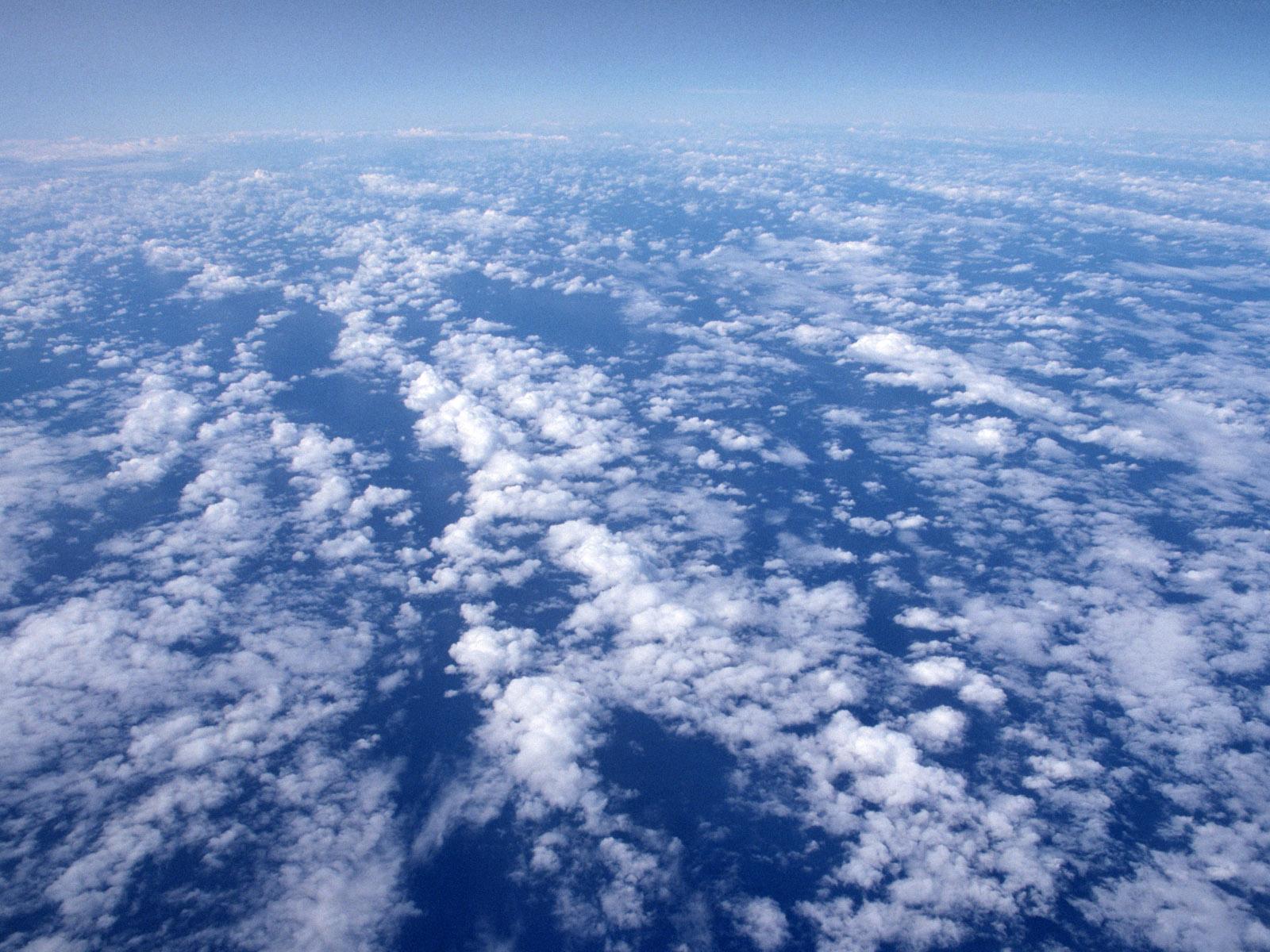 蓝天白云电脑桌面壁纸