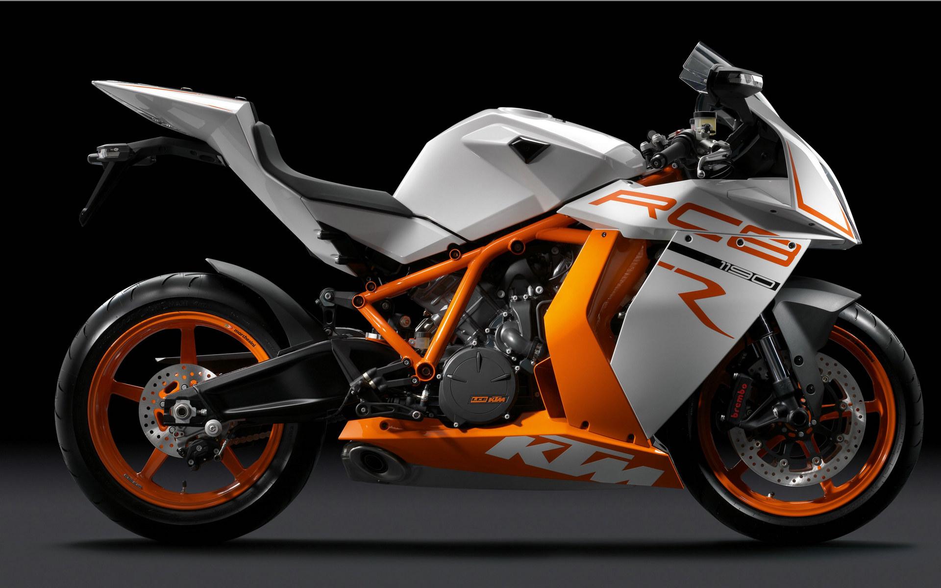 速降车电脑壁纸-RC8R摩托车桌面壁纸
