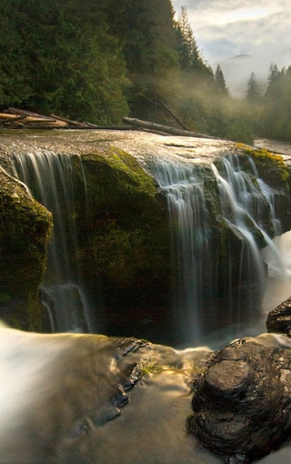壁纸 风景 旅游 瀑布 山水 桌面 320_510 竖版 竖屏 手机