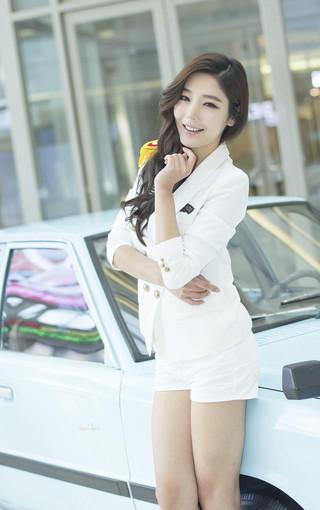 韩国性感长腿美女车模壁纸