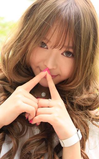裴紫绮清纯可爱的手机壁纸
