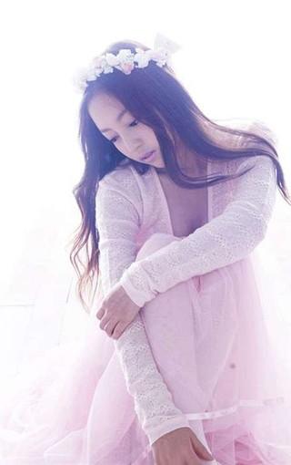 韩国精灵美女具荷拉高清壁纸