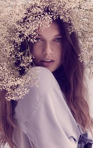森林系美少女高清手机壁纸