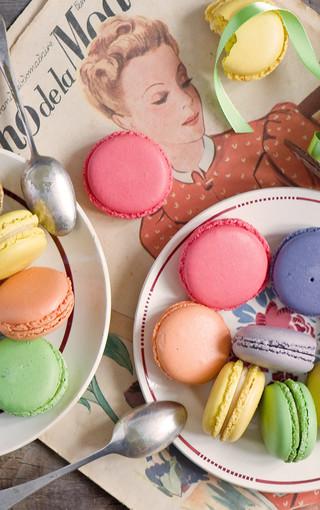 可爱彩色蛋糕手机壁纸