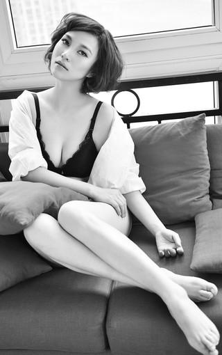 性感欧美黑白美女壁纸