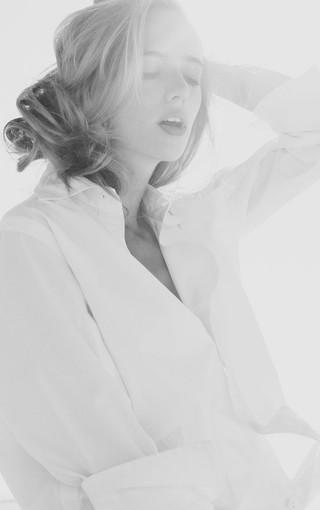 黑白美女高清手机图片