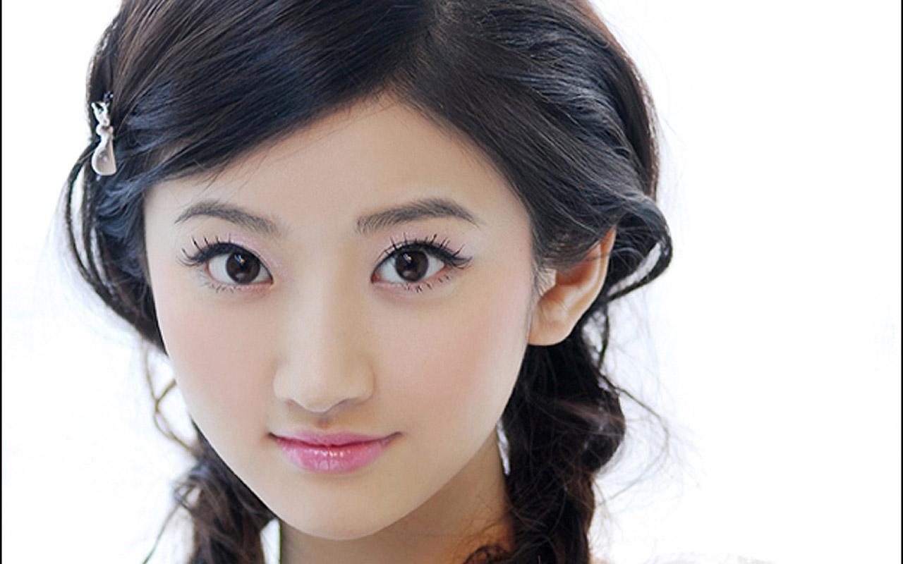 软件下载 桌面壁纸 可爱壁纸 清纯的中国女孩 景甜宽屏壁纸 应用截图