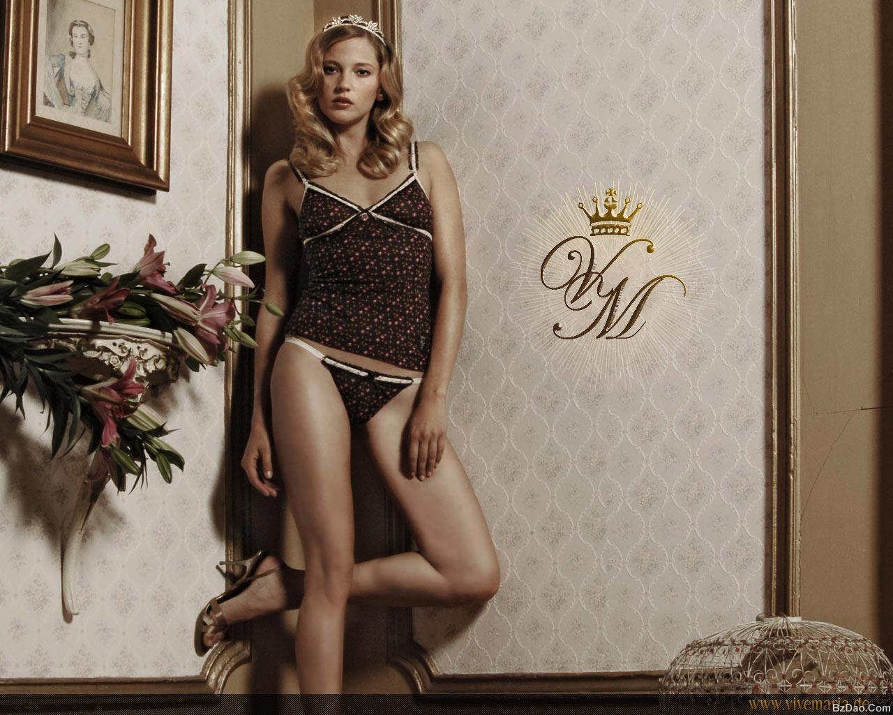 时尚奢侈著名品牌内衣包包壁纸集