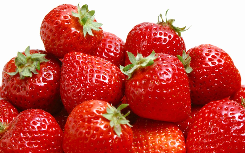 草莓外部结构图