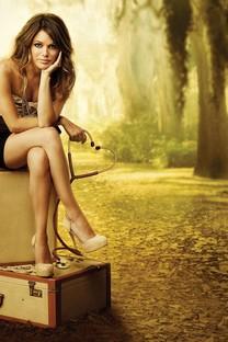 性感美丽的大长腿美女壁纸