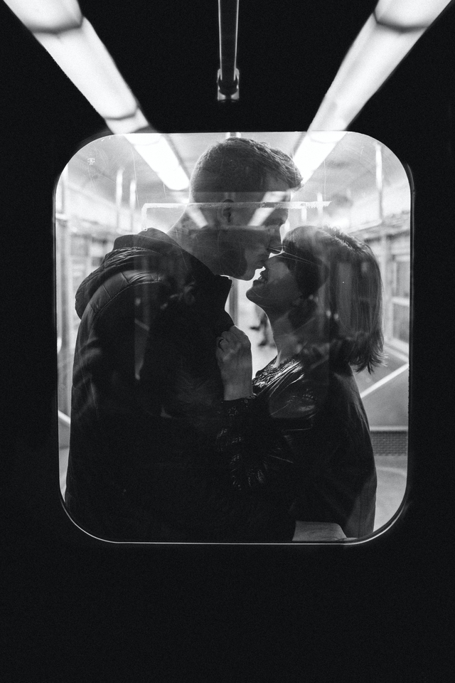 温馨浪漫情侣高清手机图片壁纸