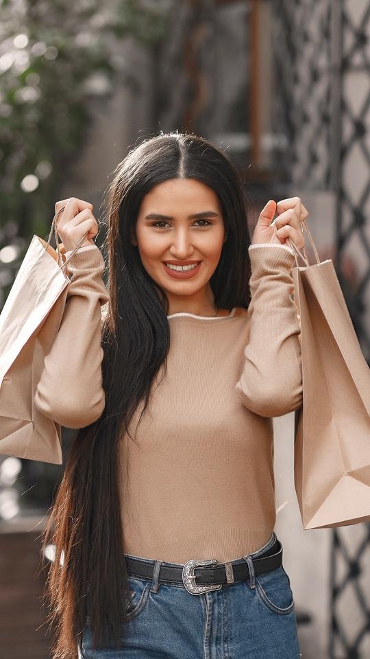 美女购物背景图片壁纸