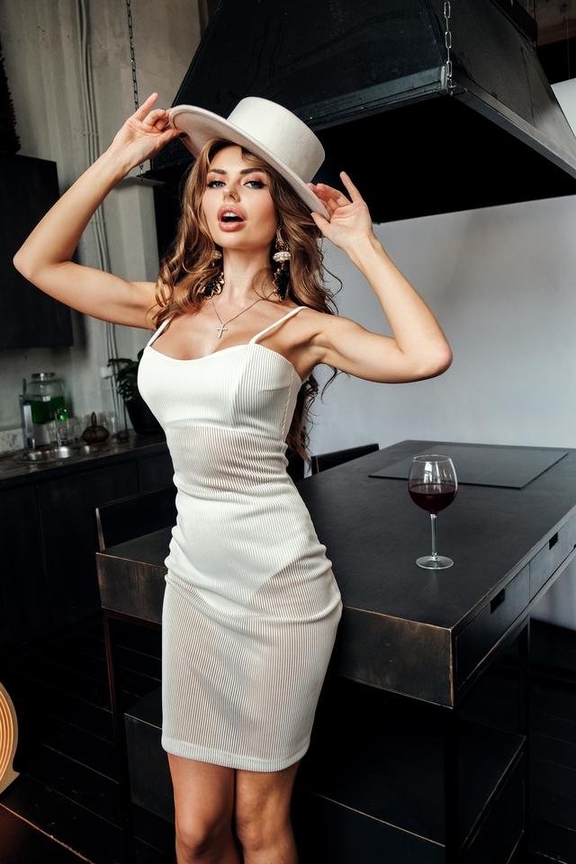 欧美时尚性感美女图片壁纸